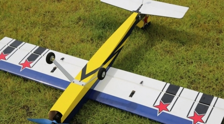 OMPHOBBY Challenger 49 RC Airplane